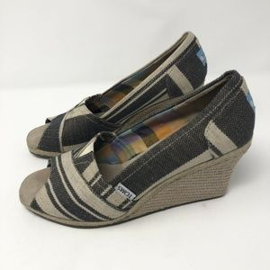 Toms Womens Canvas Stripe Wedge Sandals Size W 9